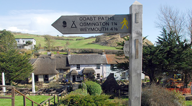 Badger sponsors Coast Path section