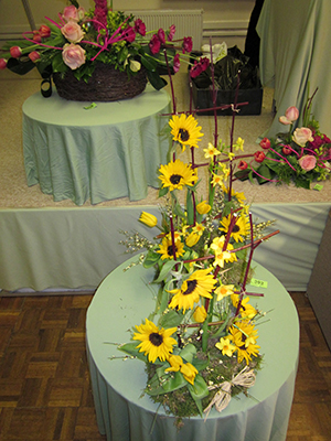 Ringwood Floral Decoration Society'Sticks & Stems'