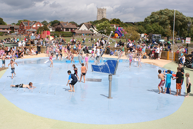 Splash park on the Quomps at Christchurch Quay