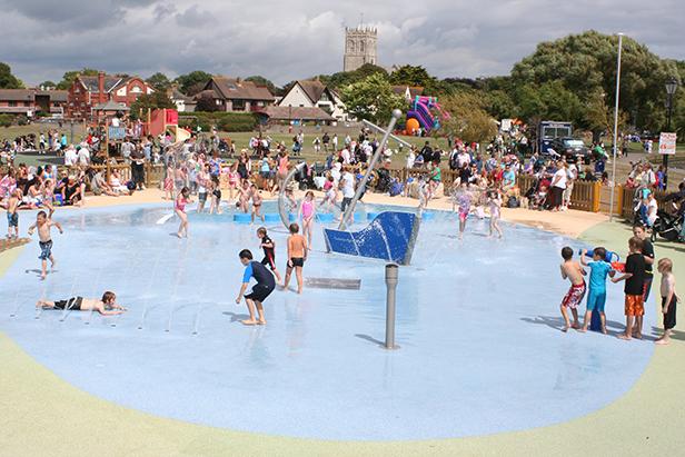 Splash park on the Quomps at Christchurch Quay