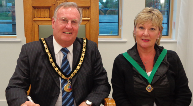 Cllr S Rippon-Swaine, Town Mayor of Ringwood, and Cllr Barbara Woodifield, Deputy Town Mayor