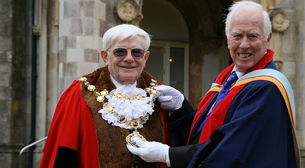 Cllr John Lofts sworn in as Mayor of Christchurch