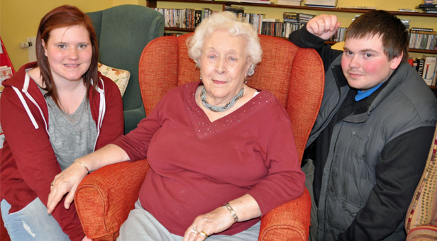 Avon Reach resident Irene Brown chats to Georgia Martret, aged 18, and Samuel Harvey, 17, who were visiting from The Prince's Trust.