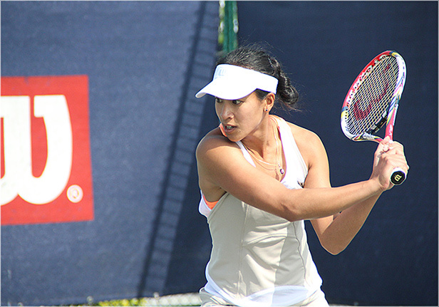 Ann Keothavong playing at West Hants Tennis