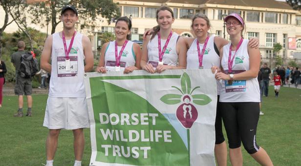 10k runners for DWT L-R Steven Fall, Sarah Davis, Errin Skingsley, Jane Adams and Louise Kenchington