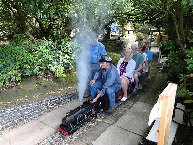 Luscombe Valley Railway