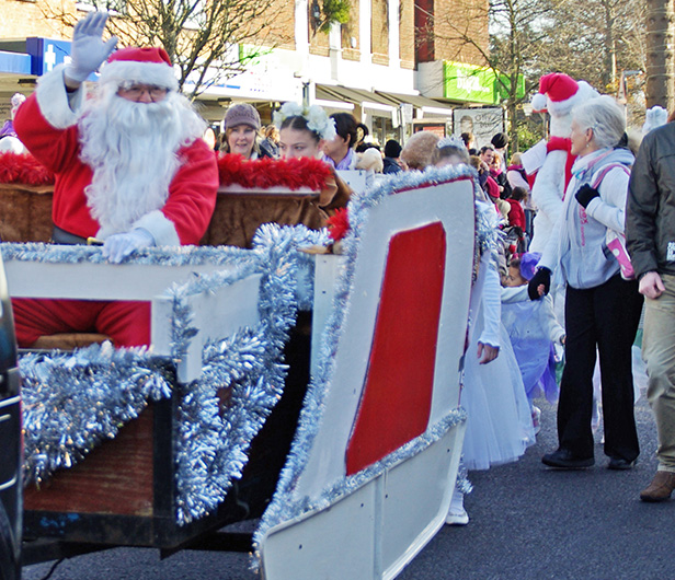 Broadstone Christmas Parade