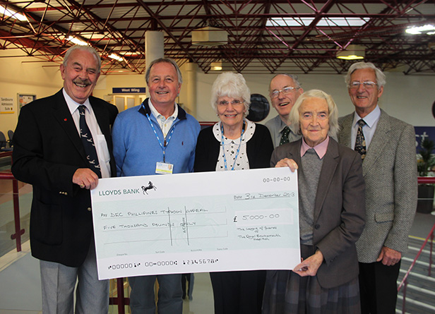 (l-r) Volunteer Peter Graham, League Secretary Iain Glover, League Chairman Rosie Haver, volunteers Bill Hardy and Clare Austin-Smith, and Vice Chairman Clive Fawn