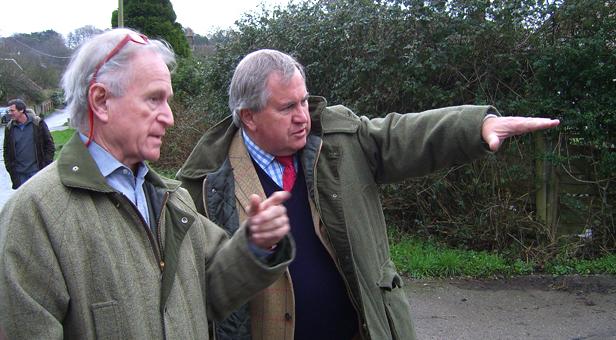 Bob (right) talks to Stourpaine Parish Council Chairman, Scott Norman (left)