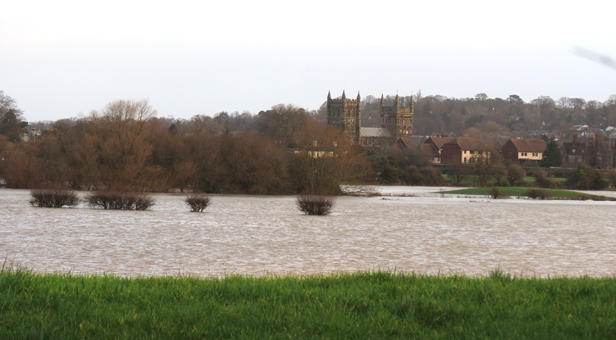 Water rises at Wimborne Minster