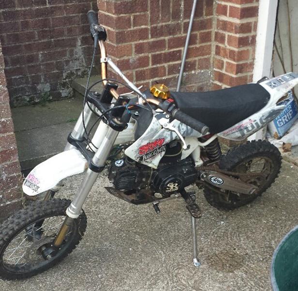 Stomp Juicebox 110cc motorbike