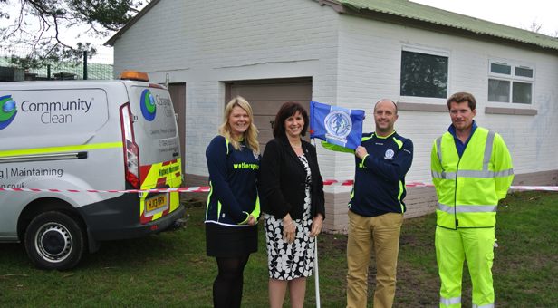 Vanessa Ricketts (second from left) with Community Clean (L- R) Sharon Parker, MD Andy Izzard and Kevin Crabb