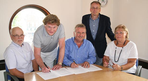Druitt Hall signing