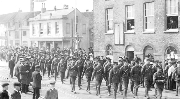 WW1 soldiers parading along Poole Quay (picture courtesy of Poole Museum)