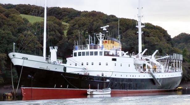 MV Windsor Castle ©Tom Fish