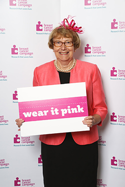 Annette wearing pink in parliament