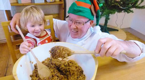 Mixing-Christmas-Pudding
