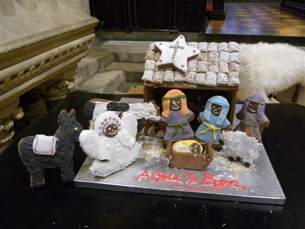 Gingerbread stable and nativity figures