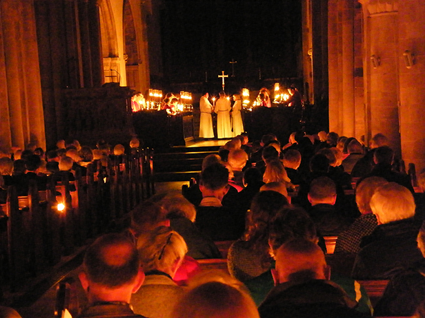Advent candelight service