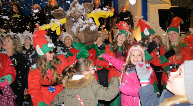 Ringwood-Christmas-Lights-Switch-on