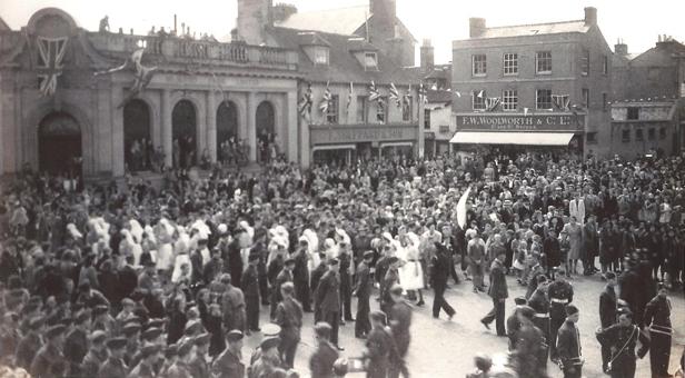 Wimborne Square VE Day