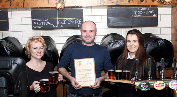 Laura Mulliner, Gordon Compston and Gemma Elson at The Taphouse