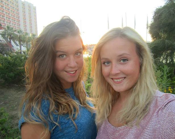 Meningitis victim Lauren Downey with best friend Ellie Winter