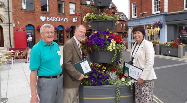 Wimborne In Bloom judges