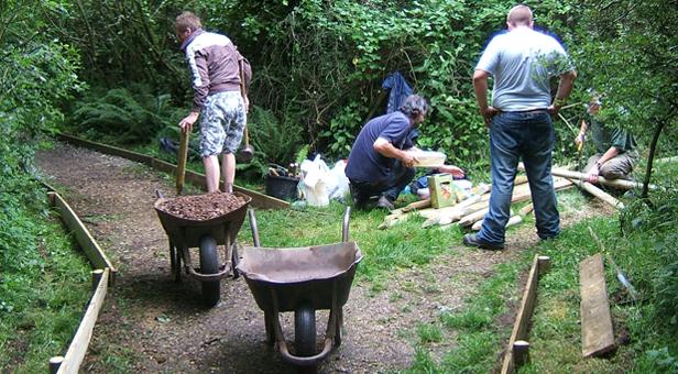 Volunteers-Woodland
