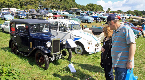 Previous classic transport rally at Harman's Cross ©  Andrew PM Wright