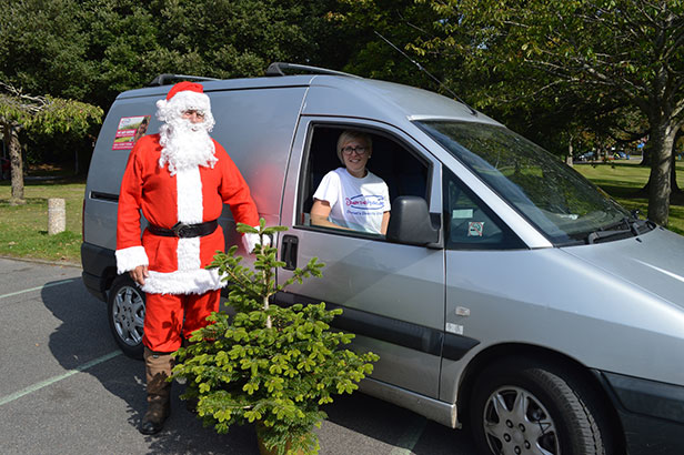 Christmas tree collectors for Diverse Abilities