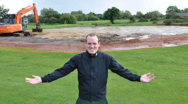 Daryl Dampney of Parley Golf Centre