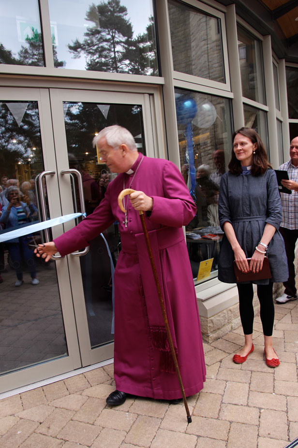 The Bishop of Salisbury cuts the ribbon