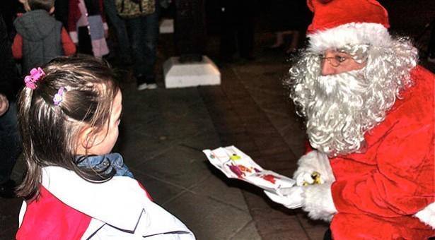 Santa comes to Ferndown this Saturday!