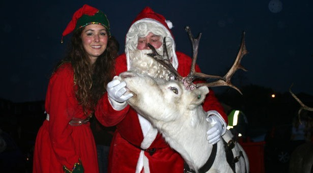 Santa and his reindeer 'fly' into Christchurch