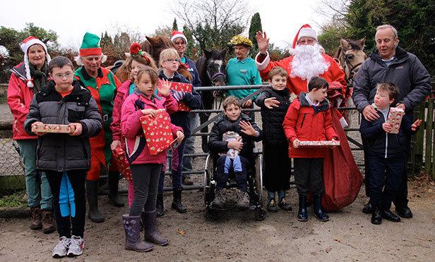 Santa visits Green Gottage RDA