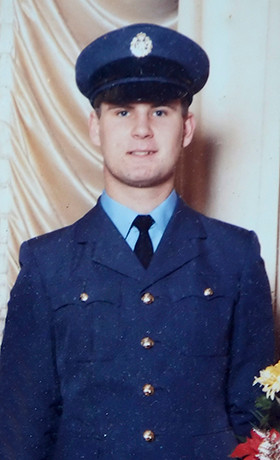 1983-Steve-RAF-Recruit