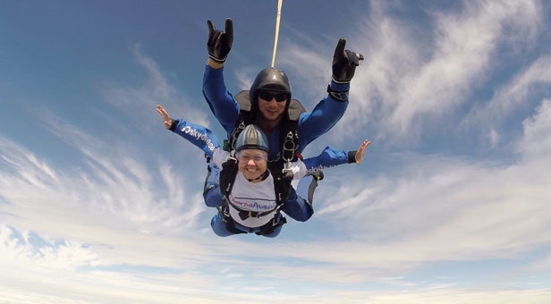 Jenny Pearce skydiving for Diverse Abilities