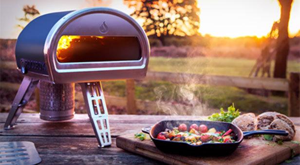 Roccbox: portable stone bake oven