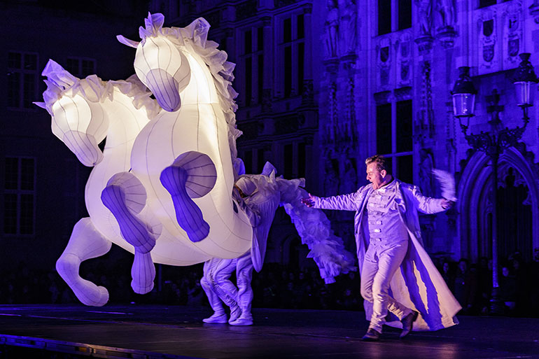 Bournemouth Arts By The Sea Festival: Fiers a Cheval by Compagnie des Quidams