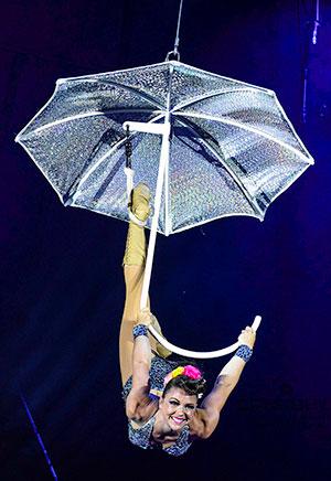 Stefanie Usher, Gerry Cottles Rock Circus