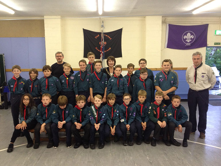 Verwood Mayor with Scouts