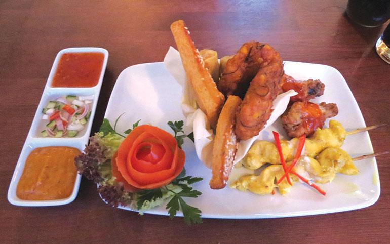 Tiien Thai food
