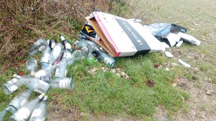 £300 fixed penalty notice for fly-tipping in Beaminster as waste traced to Dorset resident