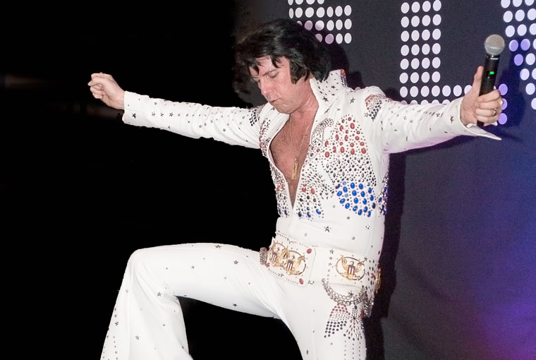 An Elvis tribute artist is performing at a gala charity night in Wimborne on 31 March