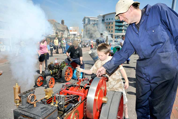 Poole's mini steam on the Quay