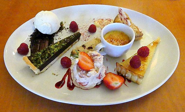Sharing desserts Kings Arms Longham