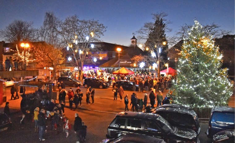 Clear skies for Sarah's switch-on in Ferndown