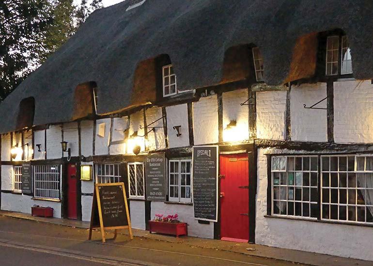 Old Cottage Restaurant in Ringwood
