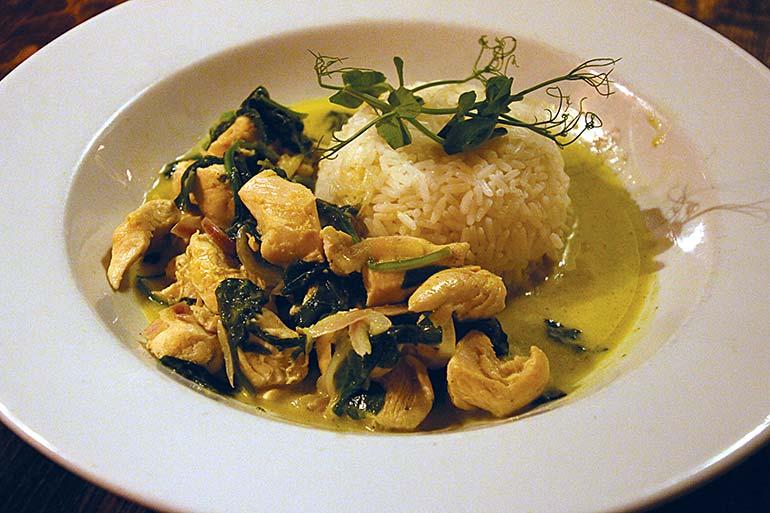 Old Inn Thai green curry
